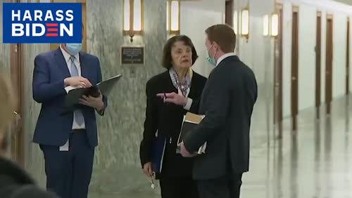 Democratic Sen. Dianne Feinstein, without a mask, Tuesday, November 17, 2020